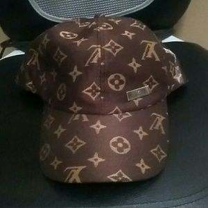 Other - Louis Vuitton snapback hat